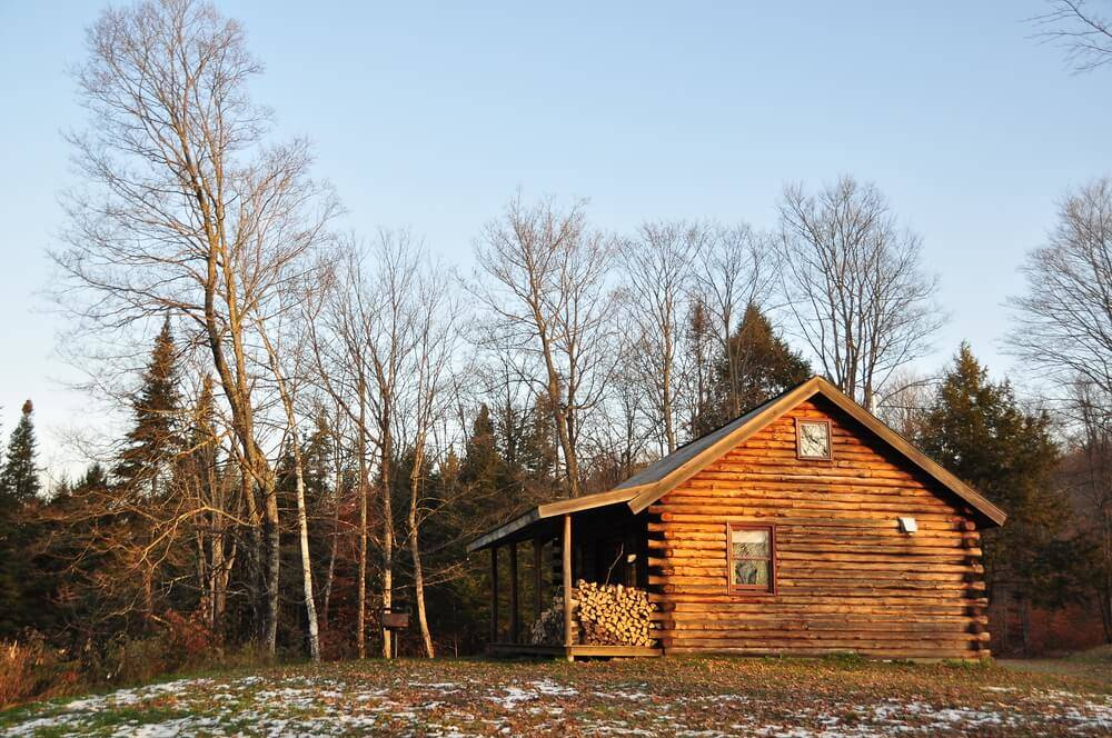 How to decorate your log cabin in a country farm style