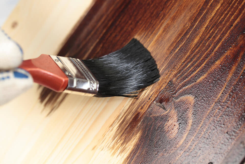 wood-staining-for-wooden-shed