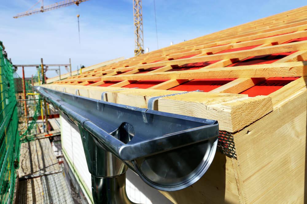 wooden-shed-rain-gutters (1)