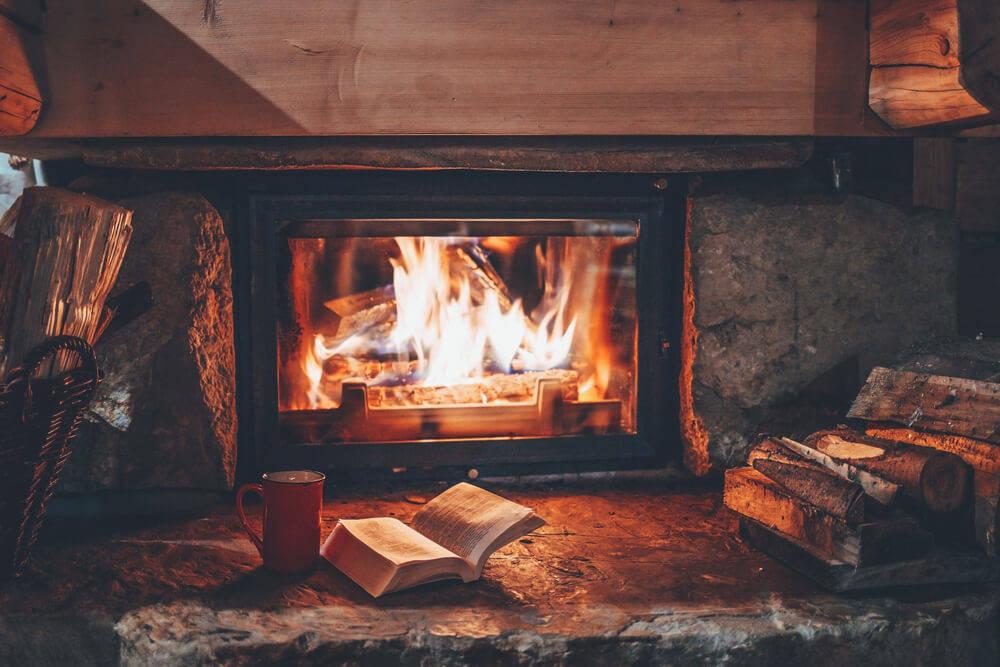 logs-decorations-log-cabin