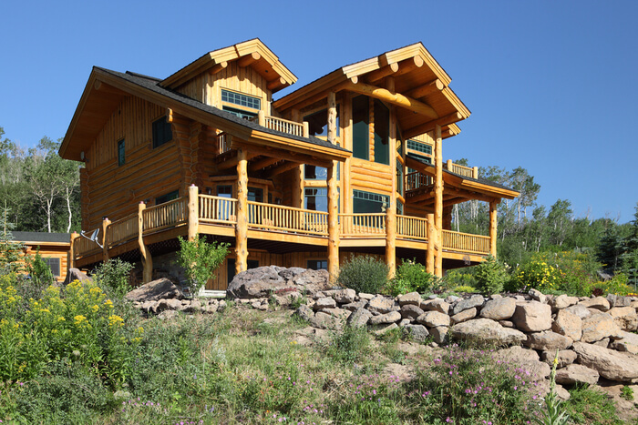 Advantages of prefabricated log cabins