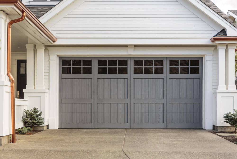 Interesting facts about wooden garages