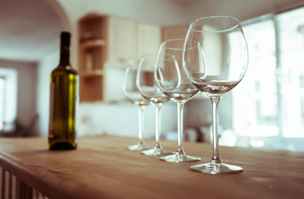 wine-glasses-log-cabin-interior