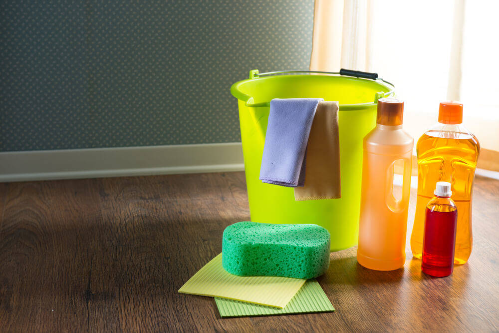 8 Wood Care Products For Mobile Homes