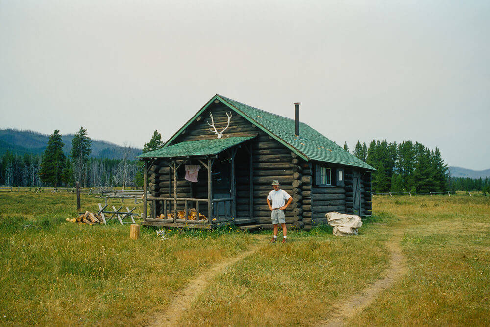 log-cabin-real-estate (1)
