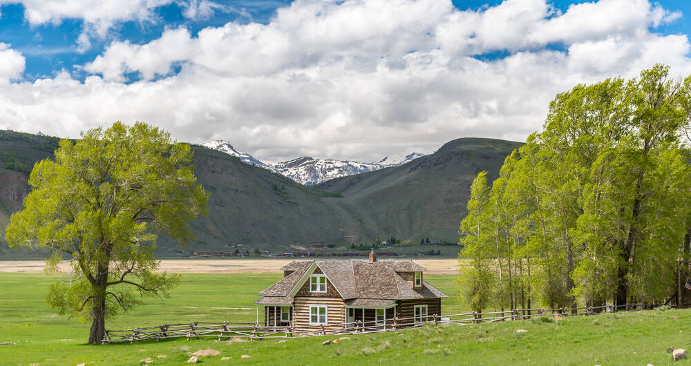 Log Cabins and their Preparation for Spring