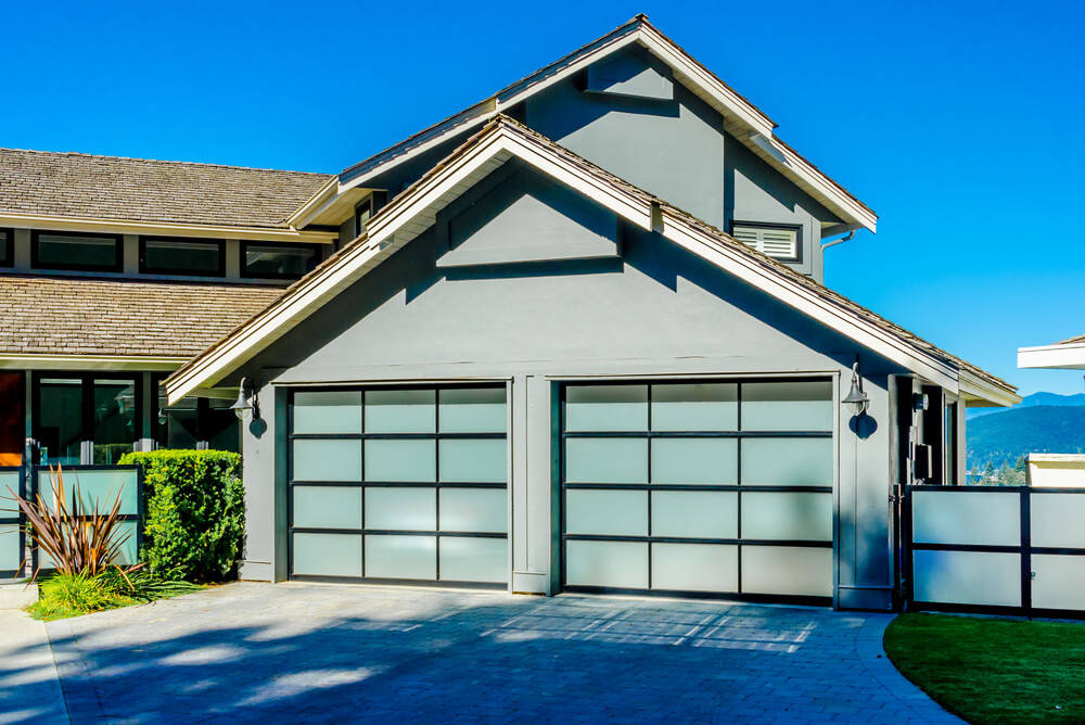 Wooden Garage: 4 Hacks to Keep it Clean and Neat
