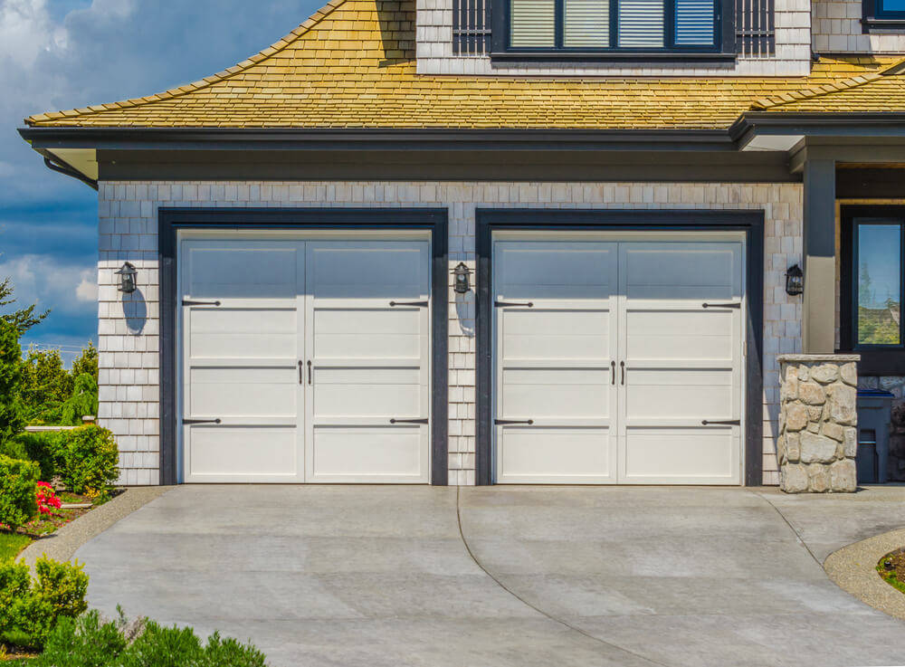 High Quality Wooden Garages: Positive Inside Features