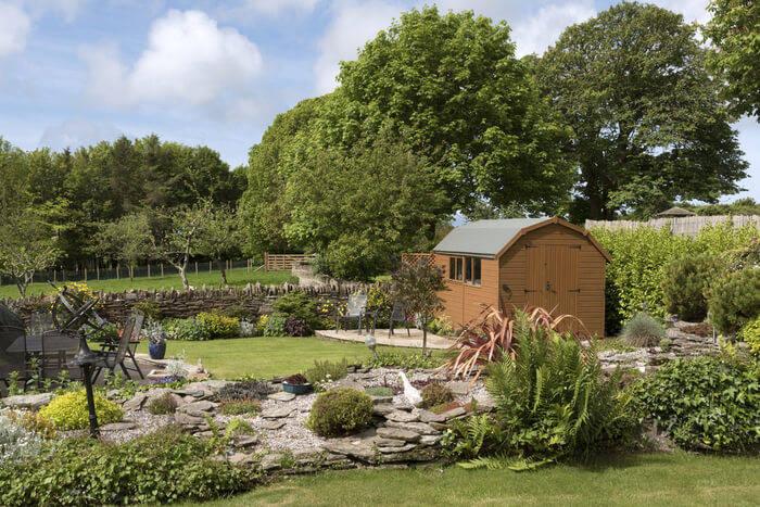 garden-plants-landscaping