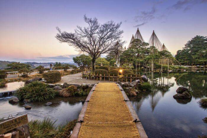 Kenrokuen famous gardens
